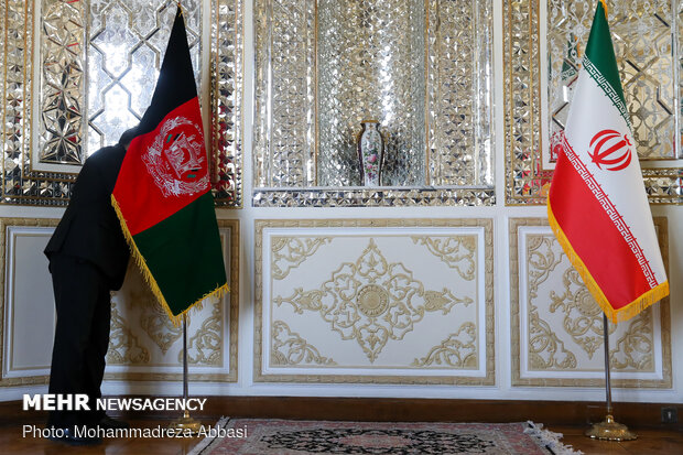 Tehran, Kabul stress need to ink doc. on strategic coop.