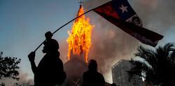 آتش زدن ۲ کلیسا در شیلی توسط معترضان
