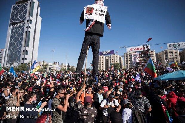 چلی میں حکومت مخالف ہزاروں مظاہرین سڑکوں پر نکل آئے