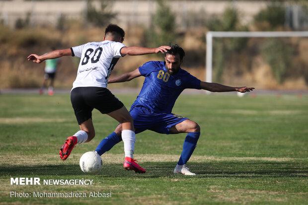 دیدار دوستانه تیم های فوتبال استقلال تهران و نفت مسجد سلیمان