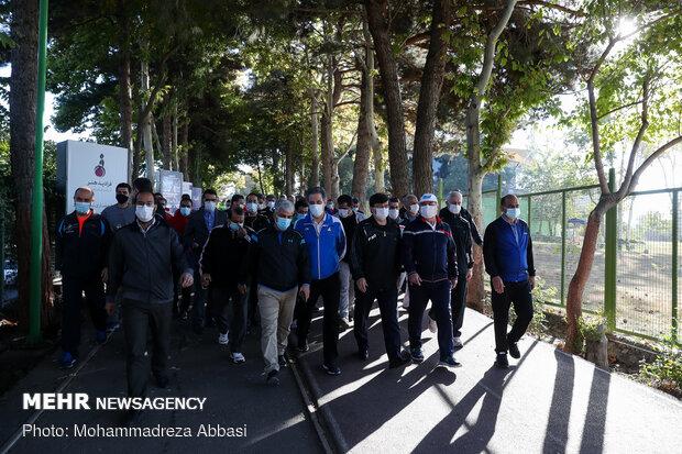 پیاده روی معاون فرهنگی و توسعه ورزش همگانی وزارت ورزش و جوانان به مناسبت هفته تربیت بدنی
