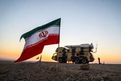 """İran'ın """"Velayet Semaları Savunucuları 99"""" adlı askeri tatbikatından fotoğraflar"""