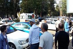 Gürcistan'da soyguncu bankadaki 20 kişiyi rehin aldı