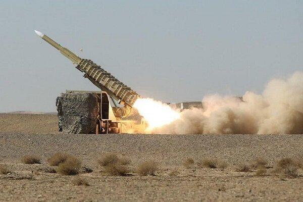 """تدمير اهداف العدو بواسطة منظومات صواريخ """"مرصاد"""" و""""طبس"""""""