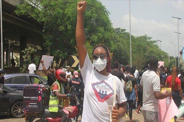 ادامه اعتراضات به خشونت پلیس در نیجریه با ۵۴ کشته و صدها زخمی