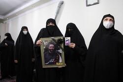 دیدار جمعی از همسران شهدای انقلاب اسلامی با خانواده شهید محمدی