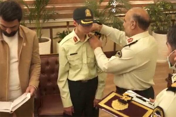 نوجوان کم توان ذهنی از رویای پلیس شدن به فرماندهی پلیس تهران رسید