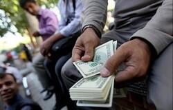پوست اندازی در اعلام نرخ ارز صرافیها / قیمت دلار در بازار متشکل ارزی به ٢۵۵١۶ تومان رسید