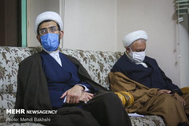 حضور محمد قمی رئیس سازمان تبلیغات اسلامی در قرارگاه حوزوی انقلاب اسلامی - قم