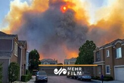 VIDEO: California wildfire spread to residential areas