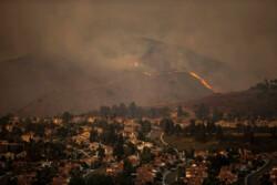 مهار آتش سوزی در بخشهایی از کوه نارک گچساران