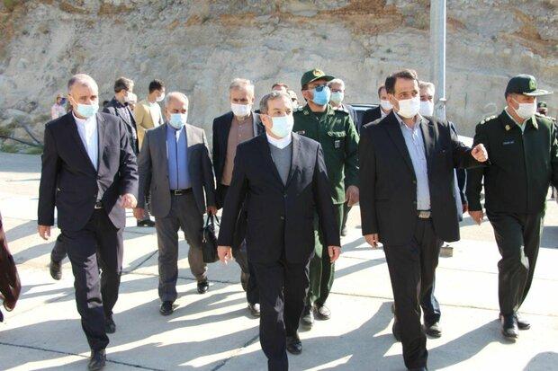 Araghchi visits NW borders, says security Iran's redline