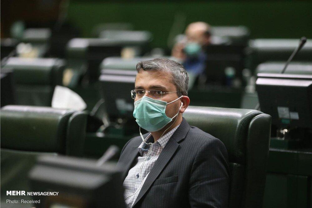 موافقت و مخالفت صوری با وزرای پیشنهادی در شأن مجلس نیست