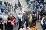 احتجاجات عنيفة فـي فيلادلفيا بعد مقتل رجل أسود على يد الشرطة