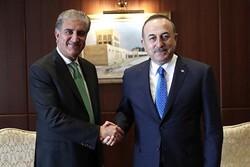 رایزنی وزیران خارجه پاکستان و ترکیه درباره مسائل منطقه ای و اسلام هراسی