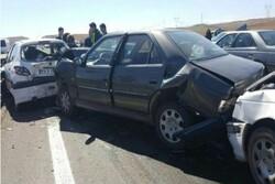 تصادف زنجیرهای در گلستان/علت حادثه ریختن گازوئیل بود