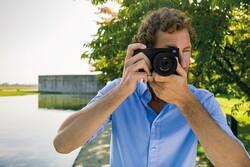 دوربینی که عکسها را ویرایش و ارسال میکند
