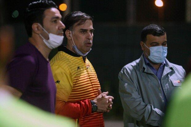 انتقاد آذری از بازیکنان فولاد بعد از انتشار پیام علیه وزیر ورزش