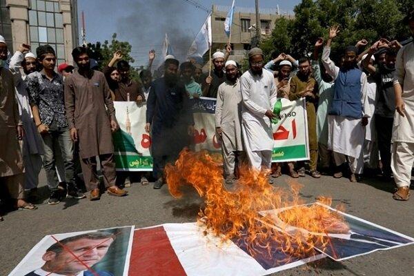 جهان اسلام صحنه اعتراضات گسترده ضد فرانسوی شد