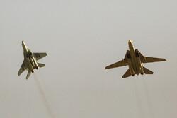 معركة جوية لمقاتلات F-14 وميغ 29 في مناورات القوة الجوية الايرانية