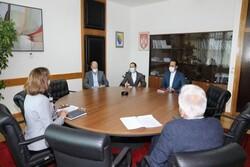 من الضروري تعزيز التعاون الاقتصادي والتجاري مع إيران