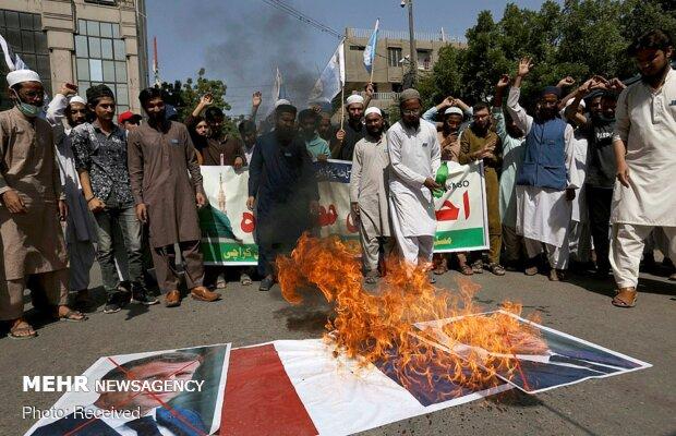 تظاهرات مسلمانان جهان علیه اظهارات مکرون درباره اسلام