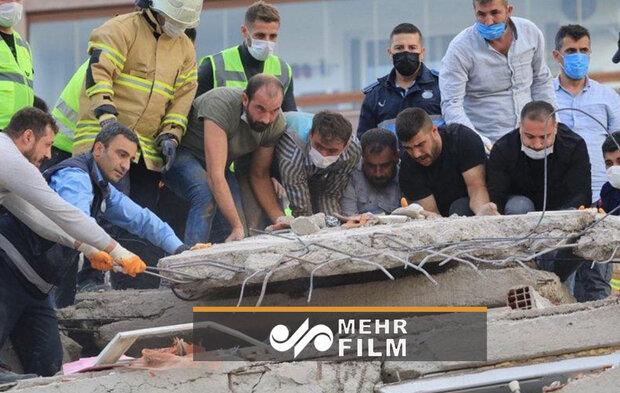 نجات یک زن از زیرآوار زلزله ترکیه