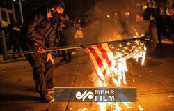 VIDEO: Protesters, police scuffle in Washington