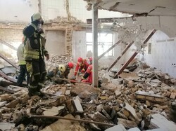 انجام ۱۴۰۴ عملیات اطفاء حریق و امداد و نجات توسط آتش نشانان سنندج
