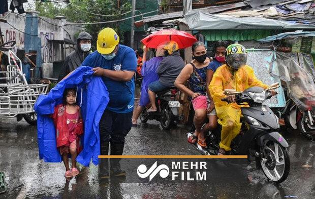 VIDEO: Typhoon Goni hits Philippines