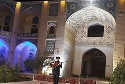اجرای هنرمندان لر و ترکمن در جشنواره موسیقی نواحی ایران