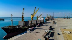 Road min. to inaugurate major port projects in Chabahar