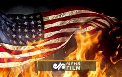 آتشزدن پرچم آمریکا در نزدیکی کاخ سفید