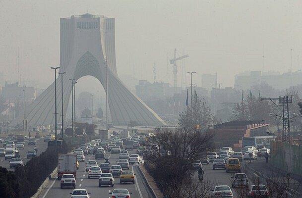 ادامه شرایط آلودگی هوا/ تهران برای گروه های حساس آلوده است