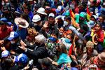 مورالس در میان استقبال گسترده مردمی وارد کشورش شد