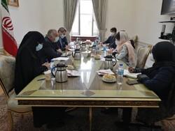 المندوبة الاممية الخاصة في شؤون افغانستان تلتقي عراقجي