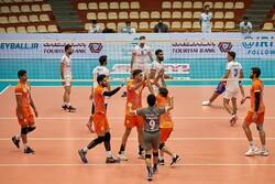 سایپا  فاتح بازی بزرگ هفته/ شهرداری ارومیه روی ریل برد