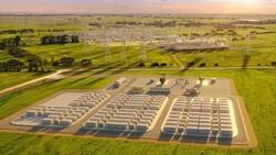 باتری به اندازه زمین فوتبال در استرالیا ساخته می شود