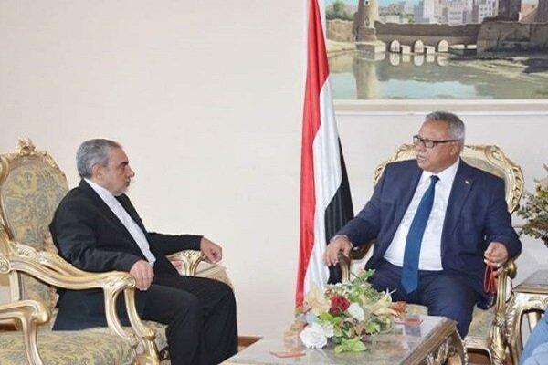 السفير الايراني يبحث مع رئيس الوزراء اليمني سبل تطوير العلاقات الثنائية