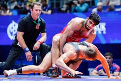 إيران تحرز ميداليتين ذهبيتين في بطولة العالم للمصارعة