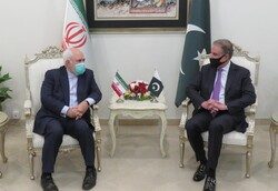 Iranian, Pakistani FMs meeting kicks off in Islamabad