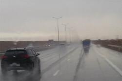 مه غلیظ تمام جاده های زنجان را فرا گرفت