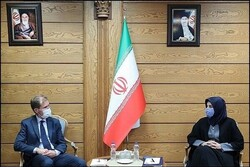 Adhering to intl. obligations, Iran's expectation from US