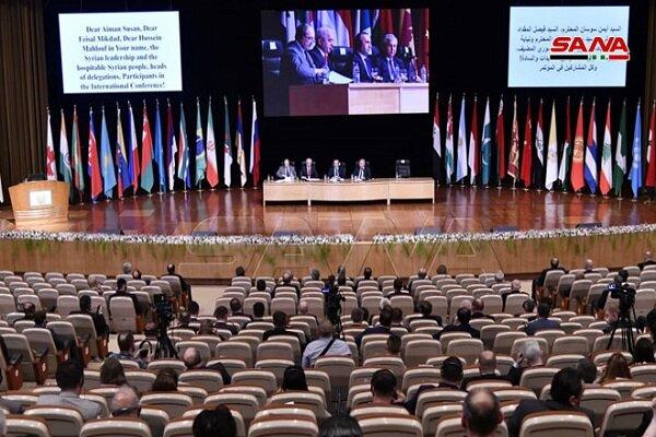 التأكيد على التمسك الثابت بسيادة سورية ووحدة وسلامة أراضيها