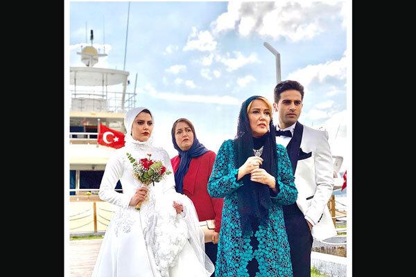 «ملکه گدایان» از تهران راهی ترکیه شد/ انتشار تصویر تازه