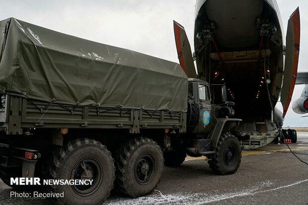Rusya: Rus uçakları askeri mühendisleri Karabağ'a taşıyacak