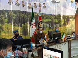 قائد طيران الجيش الايراني يستقبل نظيره العراقي