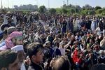 شهروندان پاکستانی خواستار اخراج سفیر فرانسه از اسلامآباد شدند