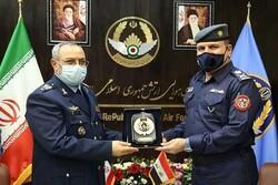 ایرانی اور عراقی فضائیہ کے کمانڈروں کی ملاقات/ باہمی تعاون کو فروغ دینے پر تاکید
