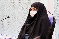 ۵۰ بیمار کرونایی در اصفهان در صف ورود به «آیسییو»/ داروهای طب سنتی در بیمارستانها توزیع شد
